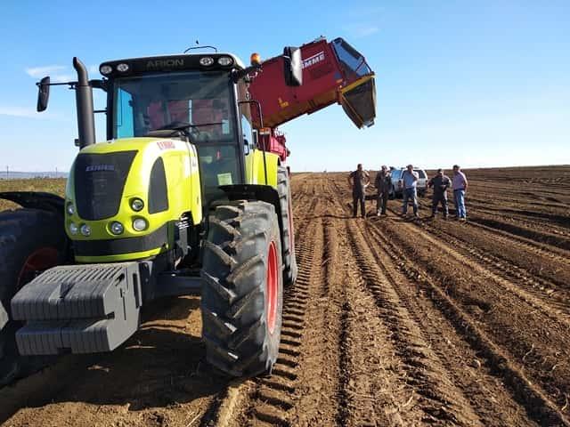 В Иркутской области прошли демонстрации трактора CLAAS ARION 640C